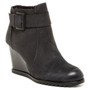 Kenneth Cole Leather Ankle Booties Storm Fog 9M